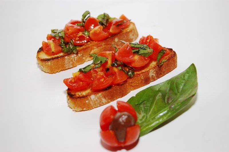 Bruschetta Pomodoro e Basilico